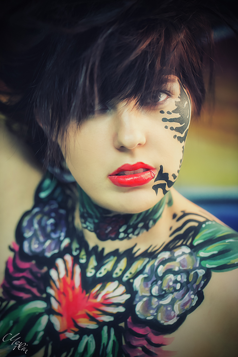 Tatoo Bodypainting Red Lips Rote Lippen