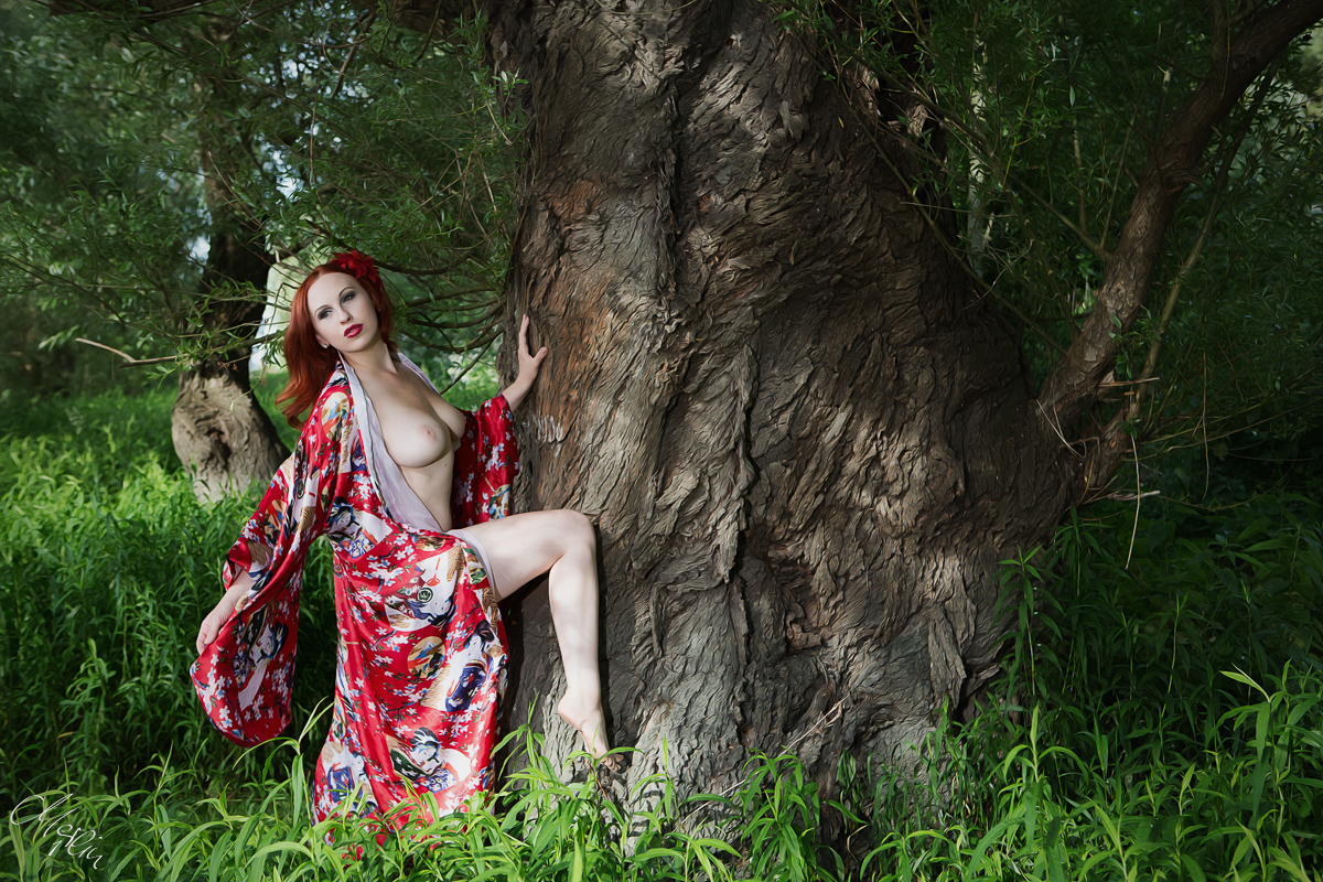 Suzie Rabbit Akt Nude